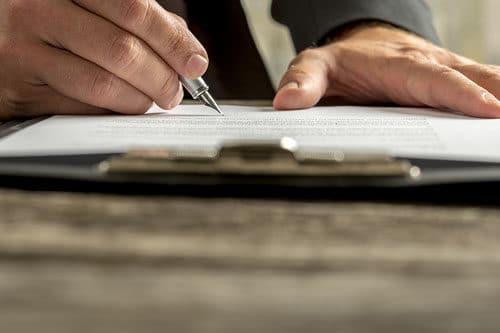 business man writing, executive summary case study